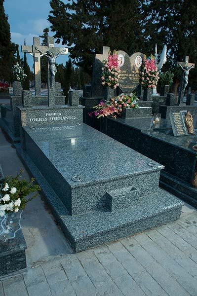 Lápidas granito 4
